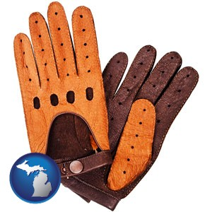 brown leather driving gloves - with Michigan icon