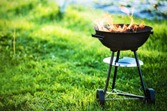 a round barbecue grill