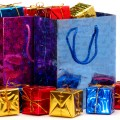 https://retail.regionaldirectory.us/boxes and bags/gift bags and boxes 120.jpg