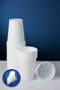 disposable cups - with Maine icon