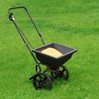 a lawn fertilizer spreader