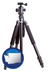 wa map icon and a camera tripod