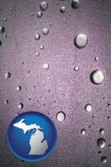 mi map icon and water droplets on a shower door