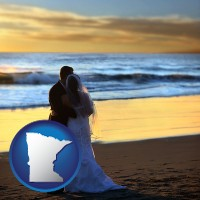 minnesota map icon and a beach wedding at sunset